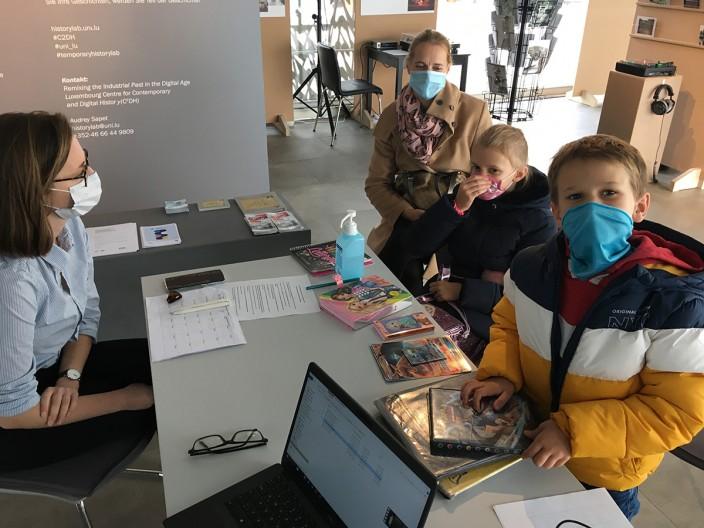 History lab children